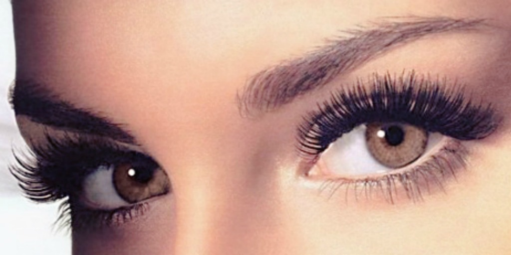 These 5 simple tricks will keep your eyelashes perfect, no matter what