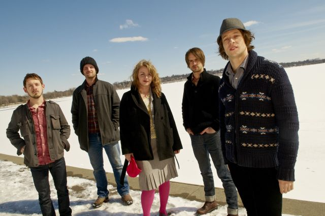 Rogue Valley poses by Lake Harriet in Minneapolis, March 26, 2011. © Tony Nelson