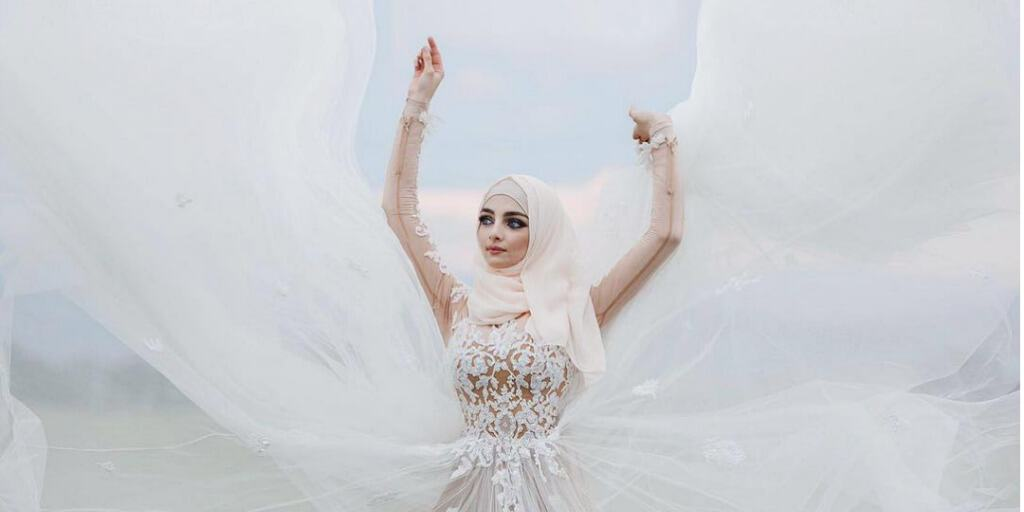 32 seriously gorgeous brides wearing hijab on their wedding day