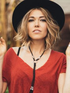 A picture of the artist Rachel Platten.