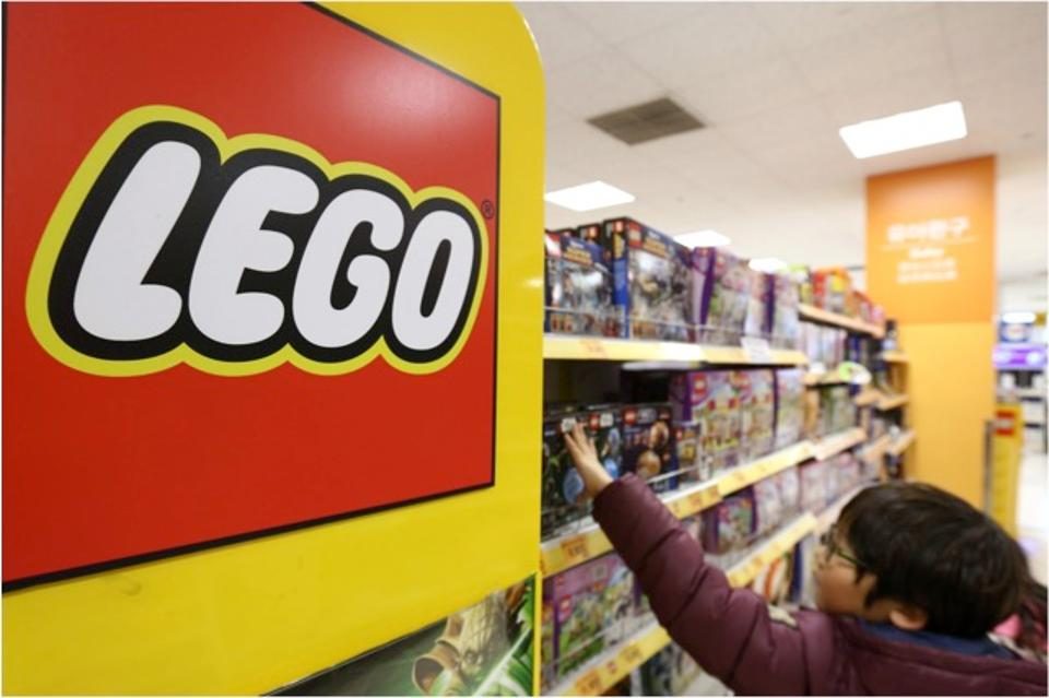 Lego imaged most powerful brand of 2017