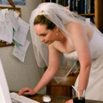 These 4 free wedding apps will save you when planning your big day