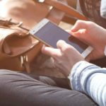 15 signs that you're absolutely addicted to your phone