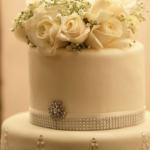 18 winter wedding cakes that are almost too beautiful to eat