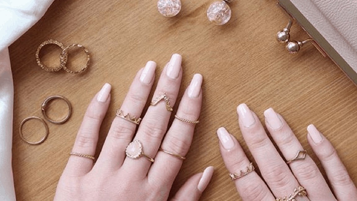 10 pretty colors you need if you're obsessed with nail polish