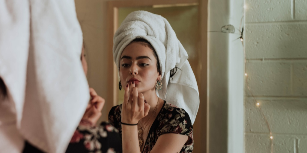 5 essential skincare tips you need to follow for clear skin