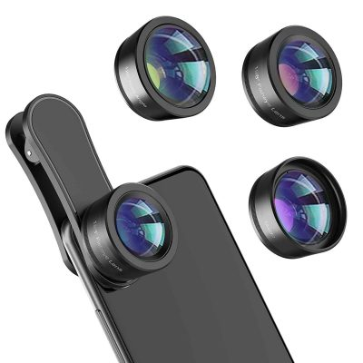 Three small lenses are shown. Next to them is a demonstration of a smartphone clipped with a lens.
