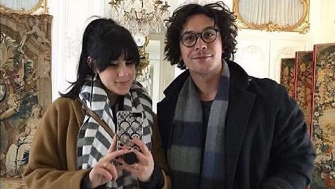 [Image Description: Arryn Zech and Bob Morley taking a selfie in a mirror] Via Tumblr