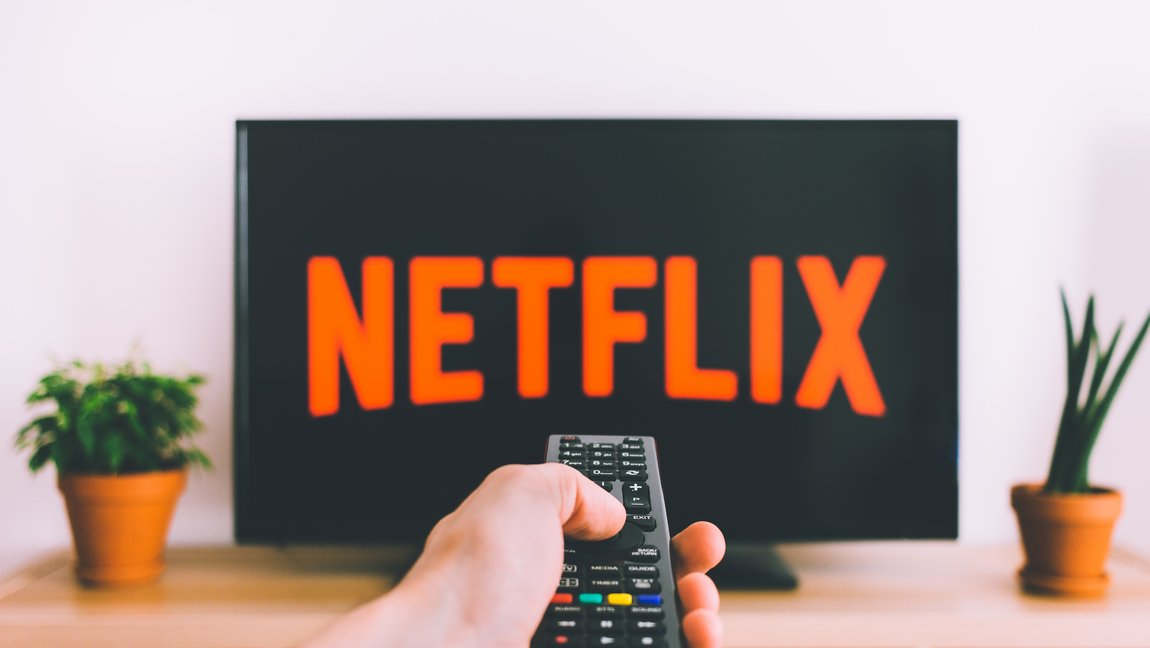 How streaming services are killing the cable television industry
