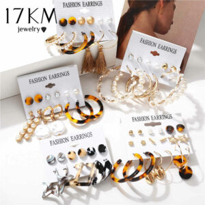 5 packets of Bohemian style earrings, consisting of hoops, tassels and pearls. [Via Ali Express]