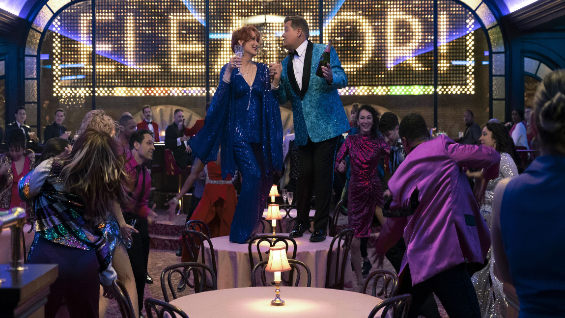 """A scene from The Prom"""" featuring Meryl Streep and James Corden."""