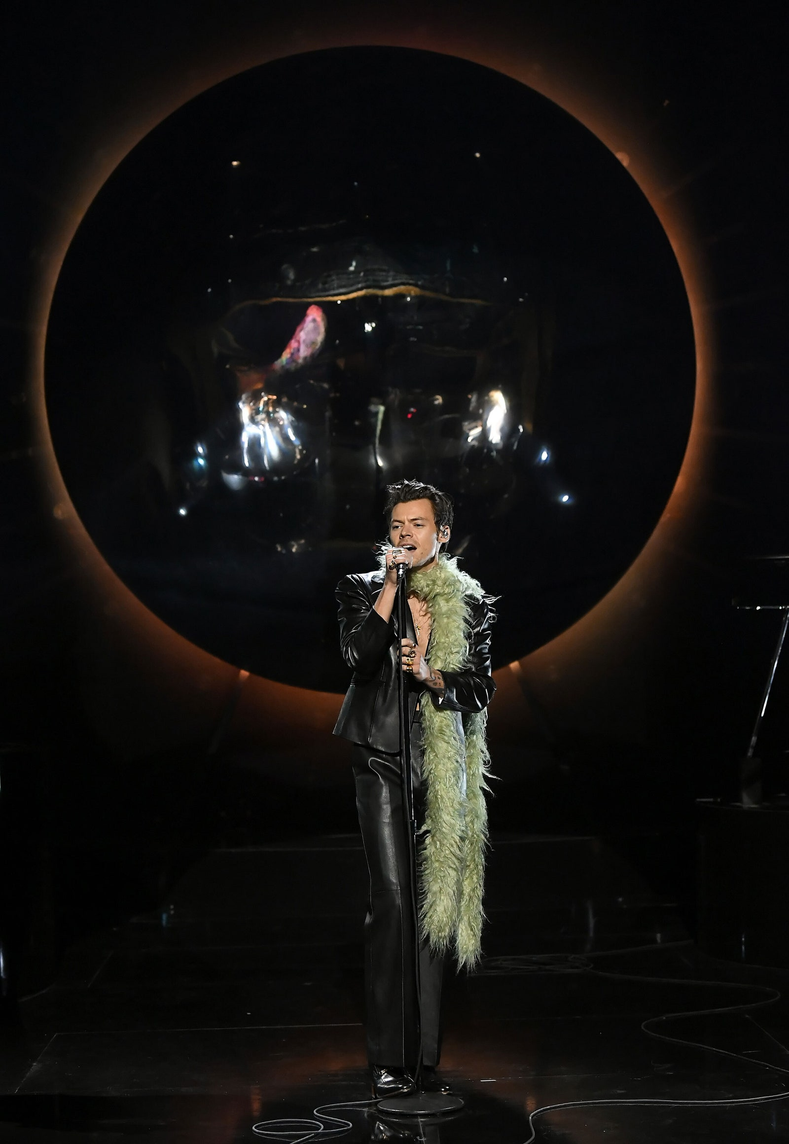 Harry Styles performing 'Watermelon Sugar' at the Grammy Awards 2021.