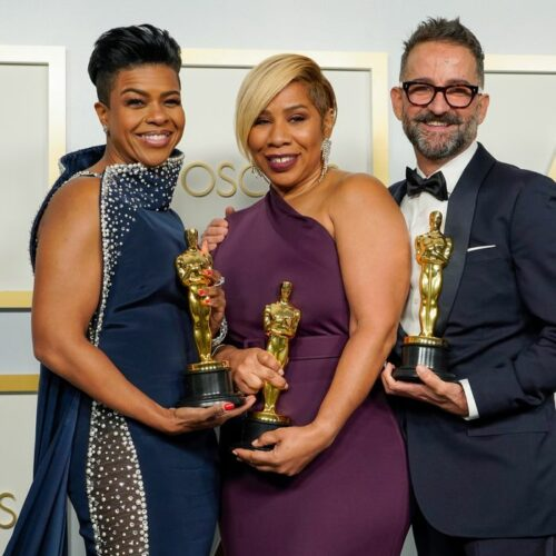 The first black women to win an Oscar for Best Hair and Makeup