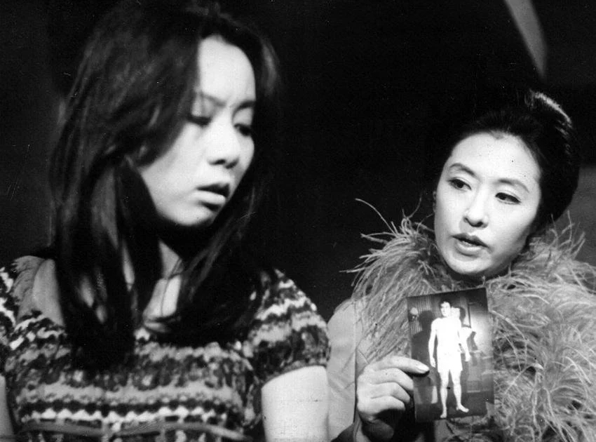 """Youn Yuh-Jung (left) received critical acclaim as a paramour femme fatale in """"Woman of Fire."""""""